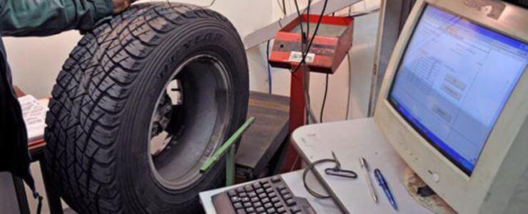 Neumáticos a examen
